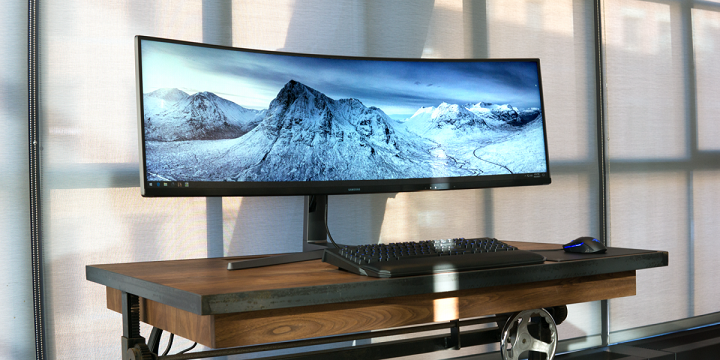 Samsung CHG90 - The Widest Monitor in the World